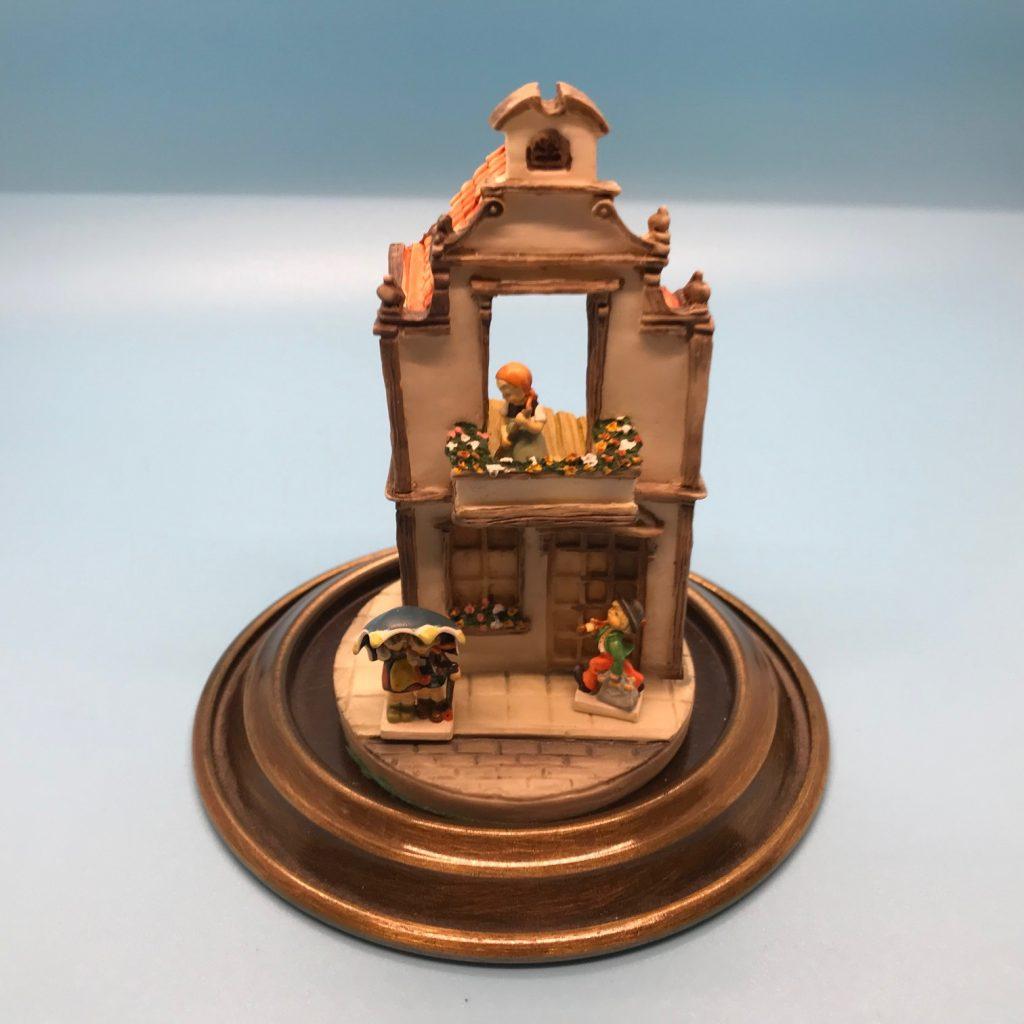 Bavarian Cottage display