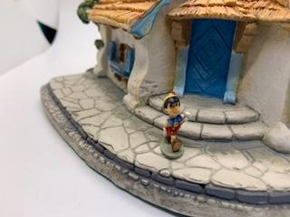 Olszewski Pinocchio walking