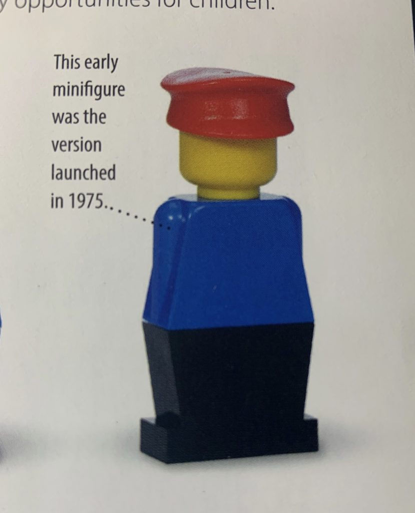 first Lego figurine in no arms, no facial and a solid leg