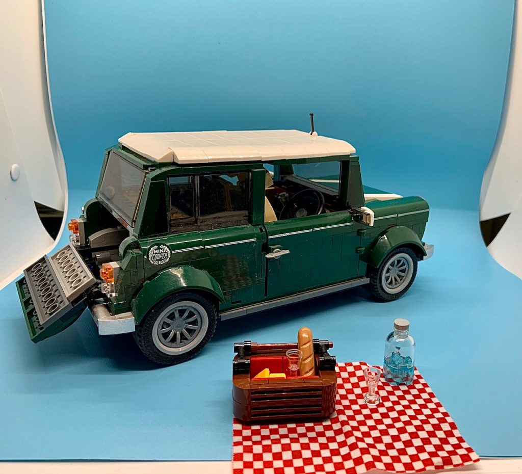 Lego Mini Cooper open trunk with picnic basket